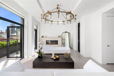 Khloe Kardashian Home Interior kendall and kylie jenner s new york apartment people com