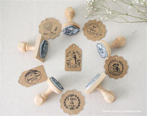 como hacer invitaciones de boda con sellos personalizados y papel kraft how project sellos personalizados para boda ponle