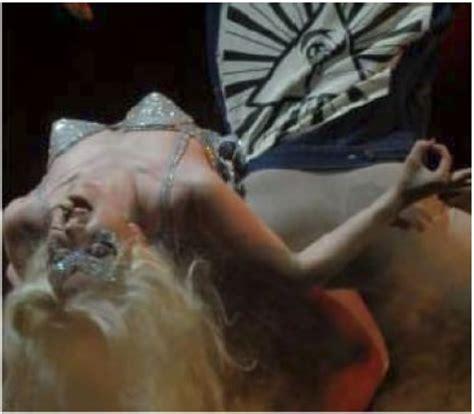 imagenes satanicas reales lady gaga pact 243 con el diablo marcianos