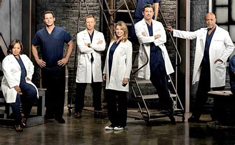 grey s anatomy cast offers hope for couples of grey sloan grey s anatomy stunner who s dead now the hollywood