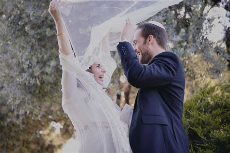 Wedding Ceremony For Couples by 6 Ways To Rejuvenate Wedding Traditions Ketubah