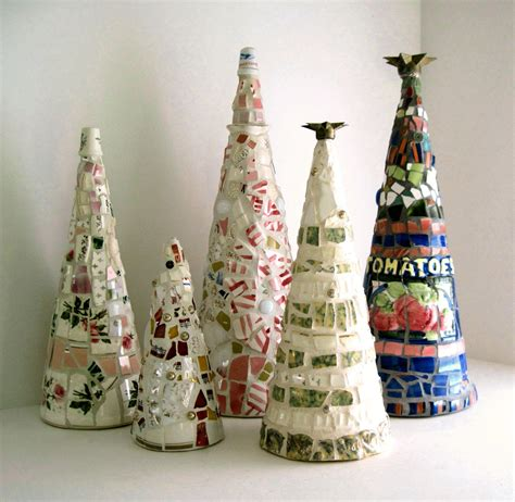 primitive shabby mosaic christmas tree by rushcreekmosaics