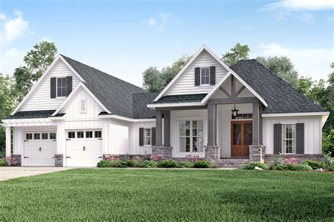 Craftsman Farmhouse Plans by Craftsman Style House Plan 3 Beds 2 00 Baths 2073 Sq Ft