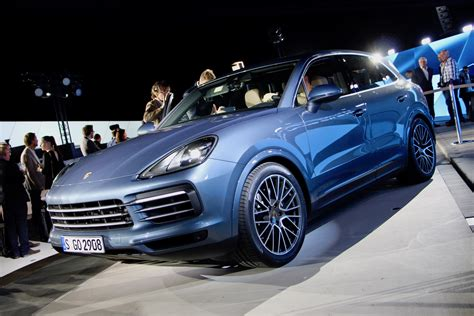 Porsche 911 Cayenne S by Updated 2019 Porsche Cayenne Revealed With 911 Inspired