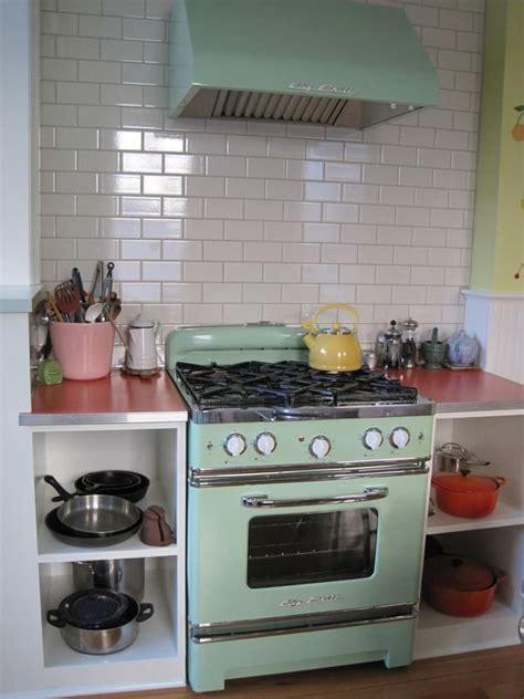 vintage style kitchen appliances mint green vintage stove vintage stoves pinterest