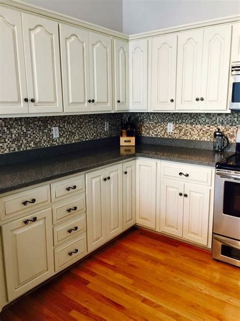 paint kitchen cabinets antique white 1000 ideas about general finishes on pinterest milk