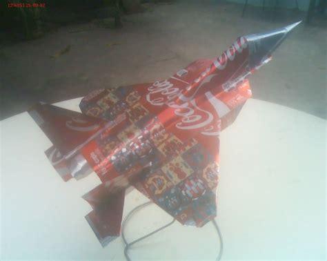 como hacer un avion de material reciclable avion ruso a escala hecho con material reciclado o latas