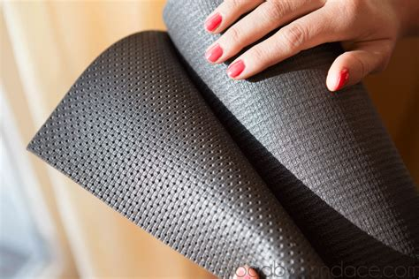 Best Pilates Mat by Detox Sequence And A Wellicious Mat Giveaway