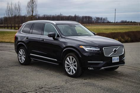 tech review  volvo xc canadian auto review