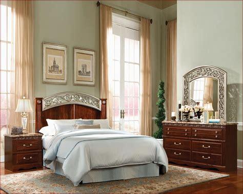 standard furniture bedroom set standard furniture poster bedroom set triomphe st 572poster