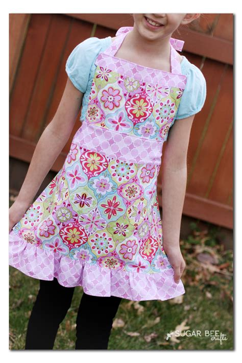 apron pattern cute project design team wednesday girl s apron riley blake