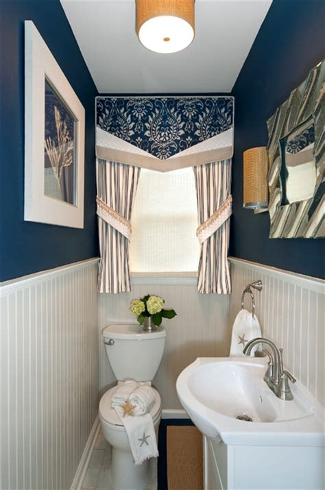 Small Powder Room Decor