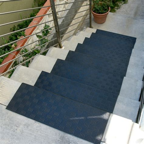Mats For Outdoor Steps by Stairway Treads Stair Treads Staircase Tread Stair