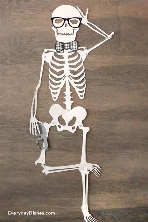 Skeleton Decoration by Printable Skeleton Door D 233 Cor Everyday Dishes