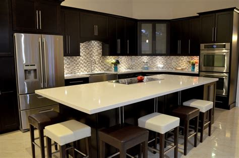 the cozy impression of counter vibrant white quartz countertops makes your kitchen looks