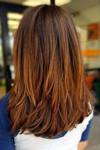 medium length hairstyles we re loving right now southern medium length hairstyles we re loving right now hair