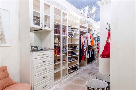 Bedroom Wall Closet Systems 67 Reach In And Walk In Bedroom Closet Storage Systems