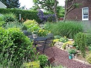 Small Back Garden Design Ideas Landscaping A Small Backyard Design Bookmark 6548