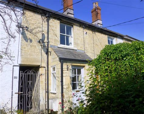 cottages in bradford on avon 2 bedroom cottage for sale in trowbridge road bradford on avon ba15