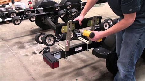 boat trailer guide system extreme max 2 bunk guide on system youtube