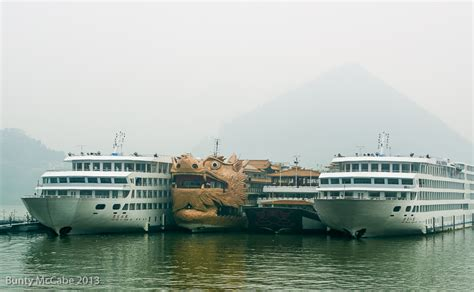 big a boat big boats on the yangtze 171 quot i do wander everywhere quot