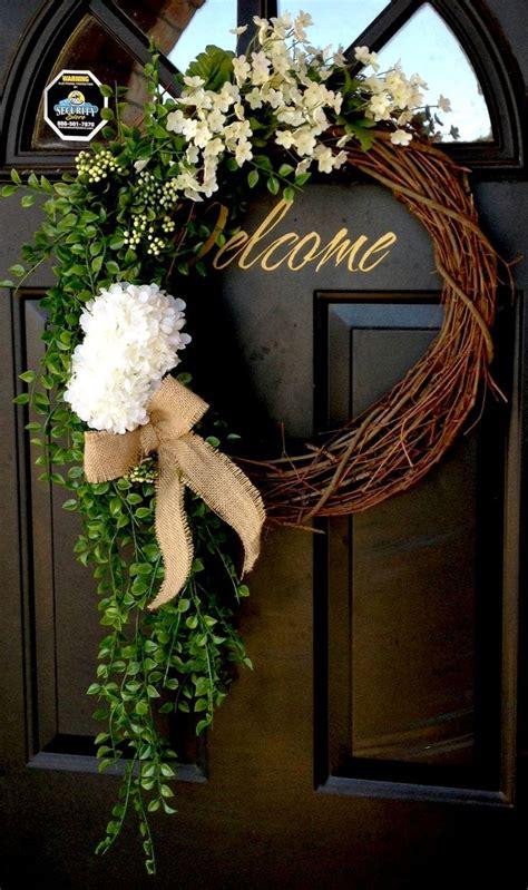 wreath ideas for front door 25 best ideas about front door wreaths on pinterest