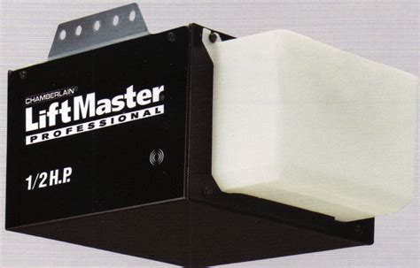 Liftmaster Garage Door Opener by 1355 56 Half Hp Liftmaster Chain Drive Garage Door Opener