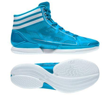 Sepatu Basket Adidas Adizero Light adidas adizero light sepatu basket teringan di dunia