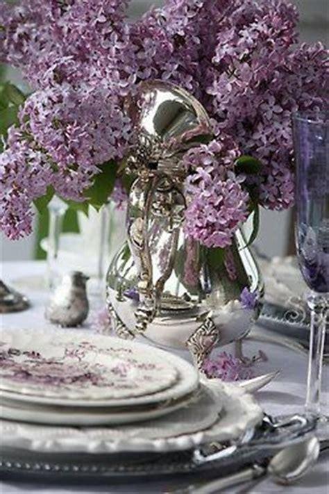 purple bijoux table l mariage violet argent parme mauve et gris planche d
