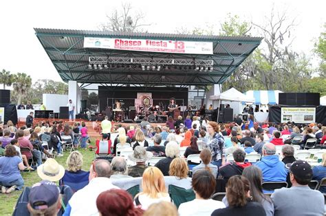 2015 chasco fiesta country concert tickets in new port