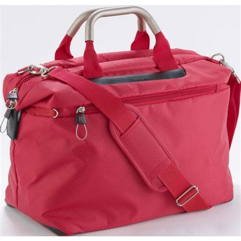 Argos Cabin Baggage by Buy It World S Lightest Small Cabin Holdall At Argos