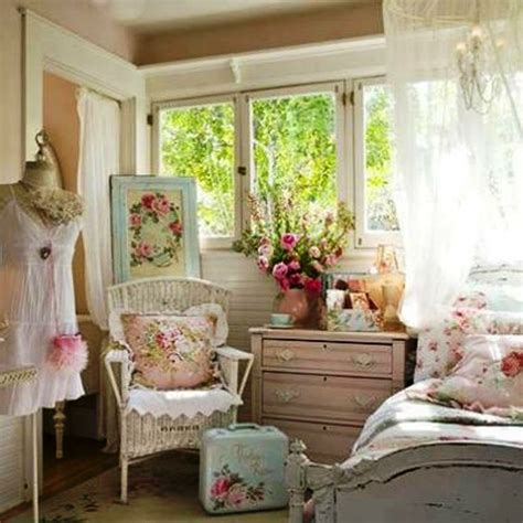 vintage rose bedroom ideas 505 best images about decor shabby chic inspirations on