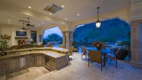 What You Need In A Kitchen by What You Need For A Luxurious Outdoor Kitchen Discover Luxury