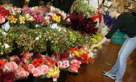 cut flowers food the 12 states where employment at florists is withering