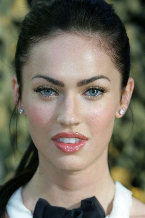 megan foxs makeup how to get her skin bold lip exact look megan fox before and after beautyeditor