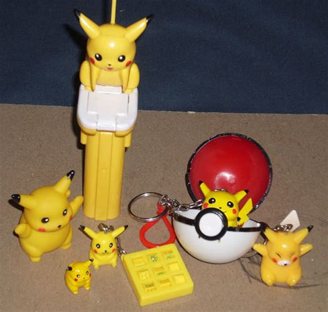 144 Figure Pokeball Pikachu Snorlax Togepi Charmander Squirtle large sales post pkmncollectors