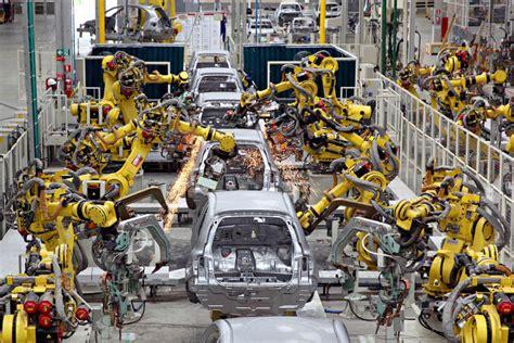 4 Bilder 1 Wort Auto Auf Geld by La 4 170 Revoluci 243 N Industrial La Mirada Mendigo