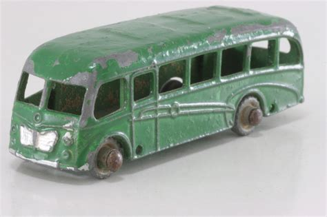 A6 0767 Mainan Diecast Wheels Matchbox Second bedford duple luxury coach 21b