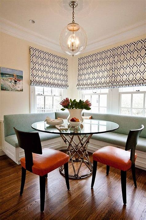 Dining Room With Banquette Seating | reasons for choosing banquette instead of chairs for