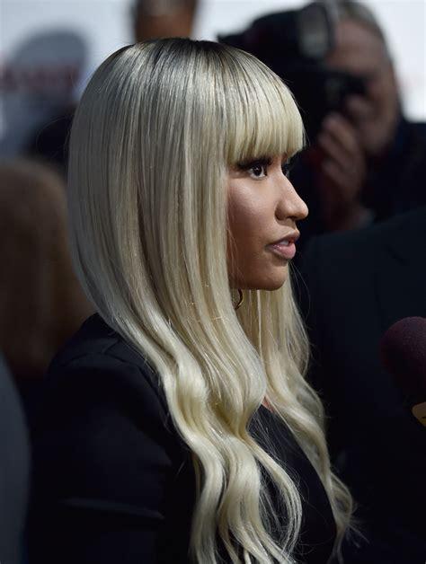 Nicki Minaj Hairstyles With Bangs by Nicki Minaj Wavy Cut With Bangs Nicki Minaj Looks