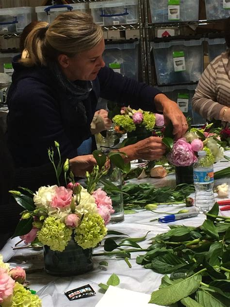 flower arranging class flower arranging classes los angeles los angeles flower