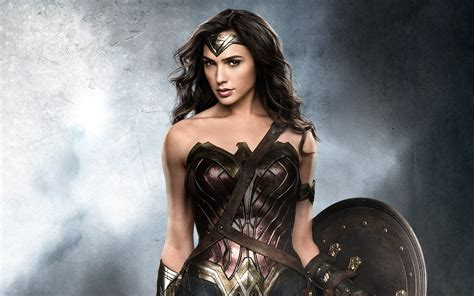 download film gal gadot wonder woman gal gadot wallpapers hd wallpapers id 18138