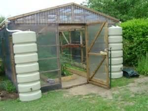 construire une serre de jardin jardin le jardin