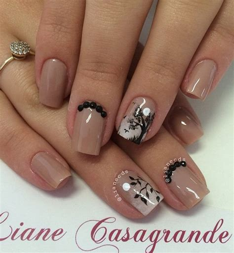 Nail With Black And White Colour