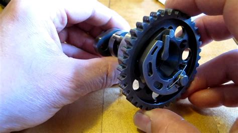 Ktm Auto Decompression Problem by How An Auto Decompression Cam Works Youtube