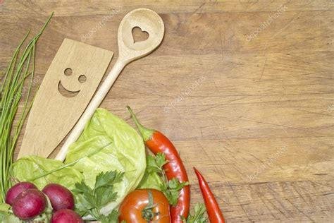 imagenes vectores cocina verduras y utensilios de cocina en concepto de fondo de