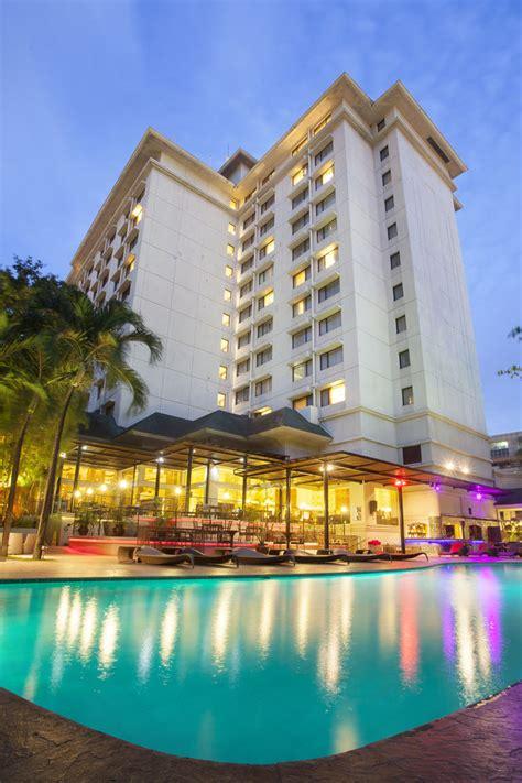 best hotels in cebu marriott cebu city in cebu cheap hotel deals rates