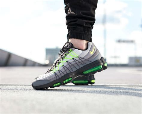Nike Airmax Motif the nike air max 95 ultra se in a new neon motif