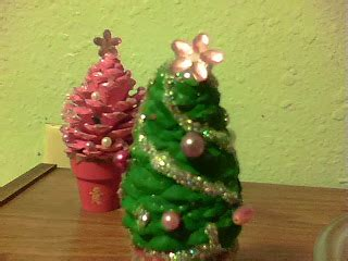 dark thoughts pine cone christmas tree crafts