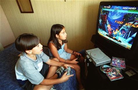 imagenes de niños obesos jugando videojuegos psicopedagogia interactiva 191 hace da 241 o jugar videojuegos